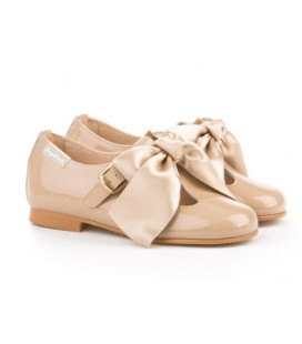 Girls shoes Ballerina Patent Angelitos 516 camel