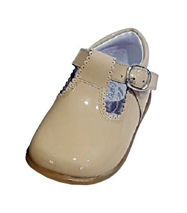 463 Boys shoes in patent camel