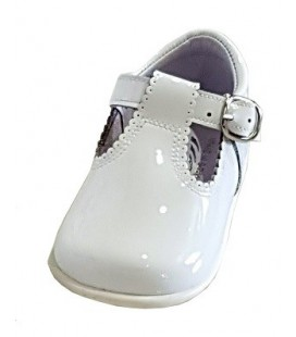 T-bar Boys shoes in patent white 463