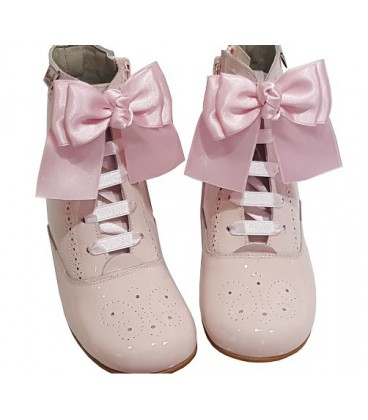 4253 Patent boot pink with bows