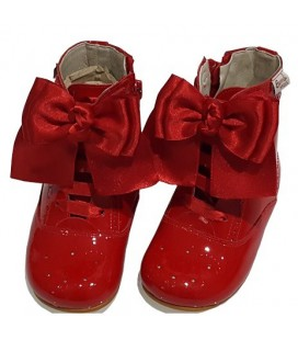 4253 Patent boot red with bows