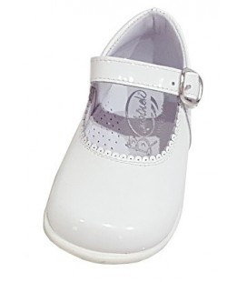 Mary Jane Girls shoes in patent beig 457