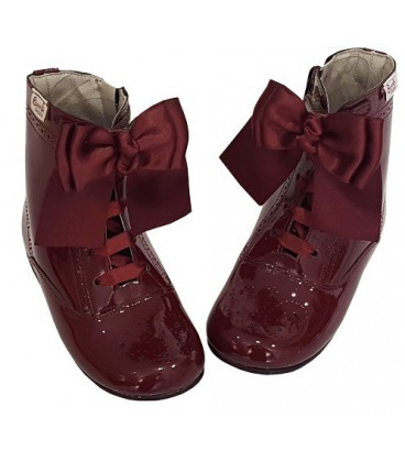 4253 Patent boot burgendy with bow