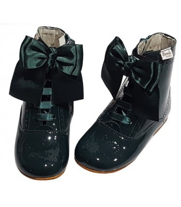 4253 Patent boot green with bow