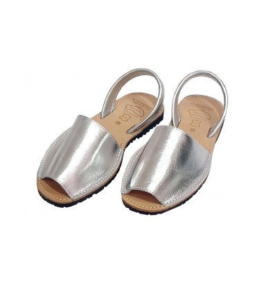 Avarca in leather silver adults