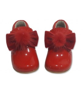 Patent Baby boots with pom pom 5161