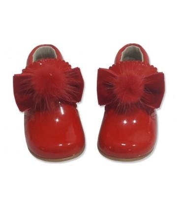 5161 Baby boots with pom pom