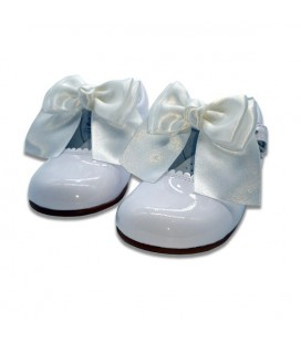 Mary Jane patent leather 4199 white Chantelle bow