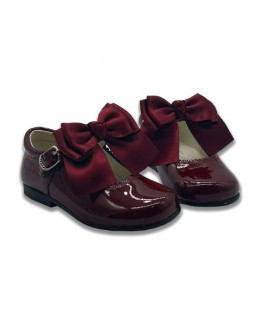 Mary Jane patent leather 4199 burgundy with Chantelle bow