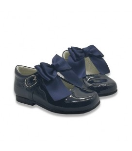 Mary Jane patent leather 4199 navy with Chantelle bow
