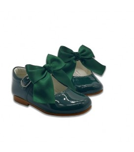 Mary Jane patent leather 4199 green with Julieta bow