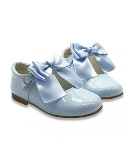 Mary Jane patent leather 4199 sky blue with Chantelle bow